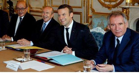 macron-et-ses-jeunes-ministres.jpg