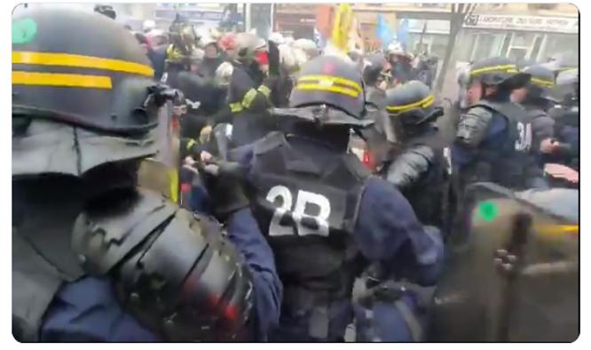 policiers-contre-pompiers.png